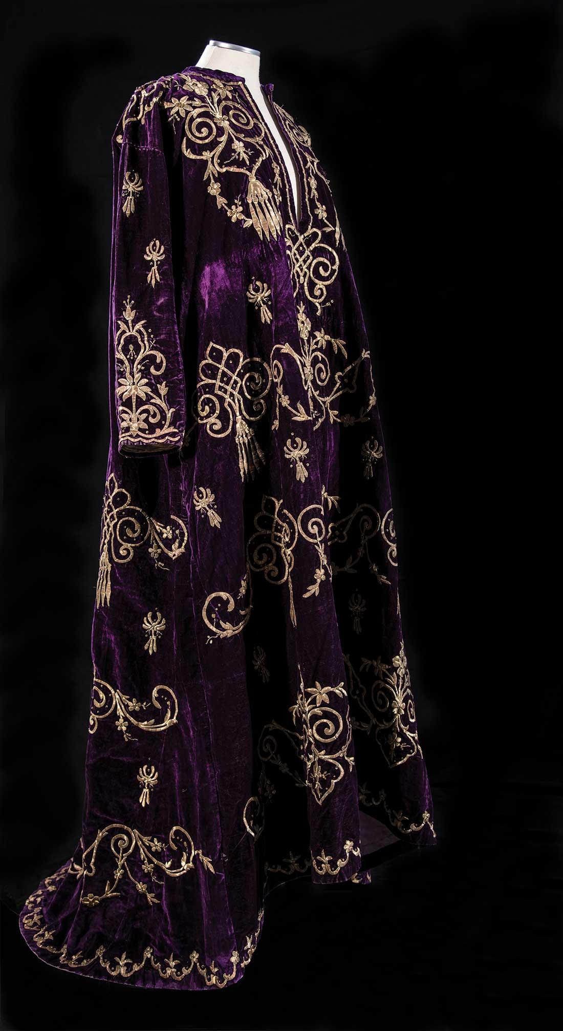 Φόρεμα από βελούδο