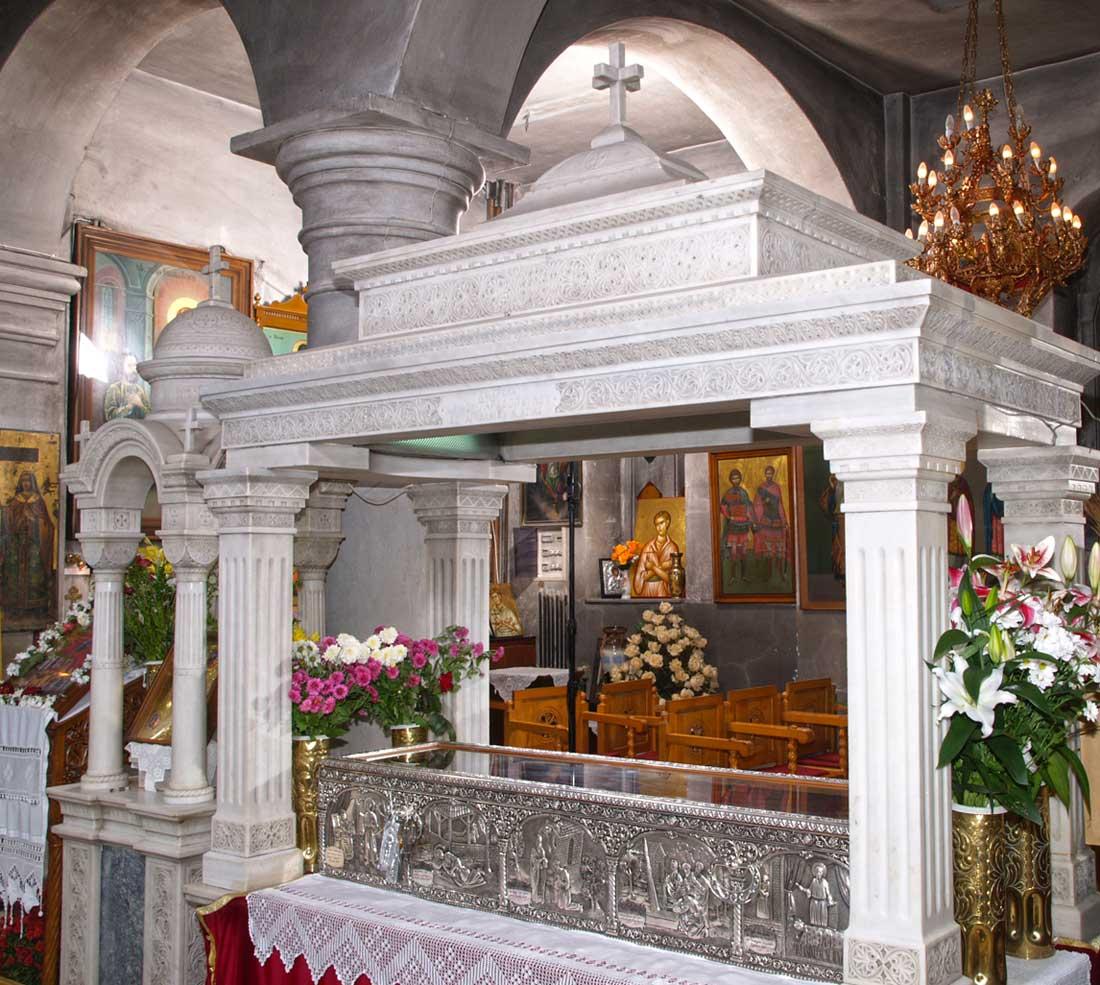 Η λάρνακα με το Ιερό Λείψανο του Οσίου