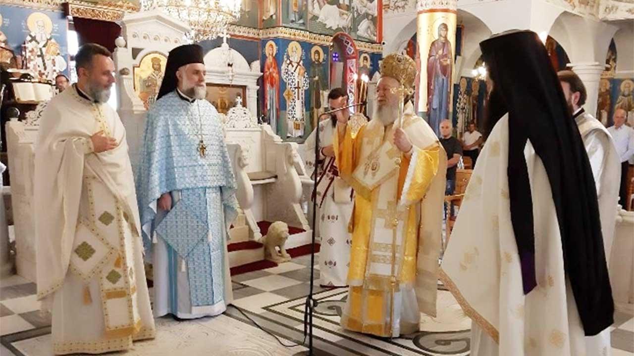 Ο Σεβασμιώτατος Μητροπολίτης Χαλκίδος κ. Χρυσόστομος Χοροστάτησε στον Όρθρο και τέλεσε την Θεία Λειτουργία στον Προσκυνηματικό Ι. Ναό Οσίου Ιωάννου του Ρώσσου